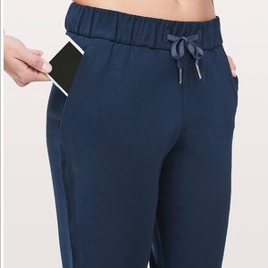 Lululemon On The Fly 7/8 pant